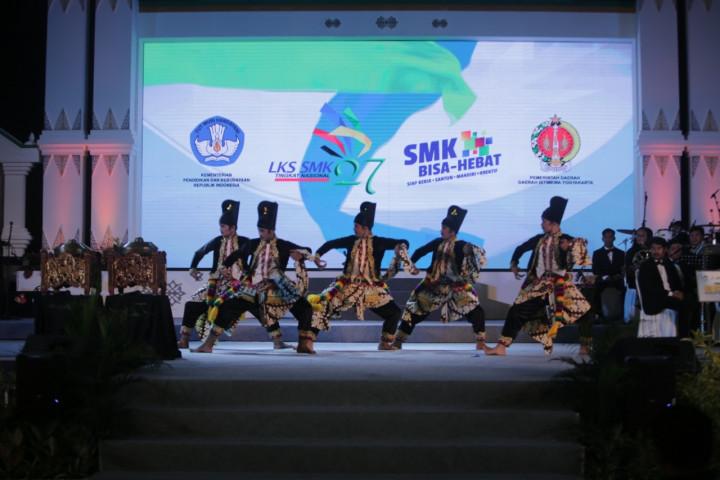 Kegiatan Hari Kedua LKS 2019 Yogyakarta: Dari Meriahnya Pembukaan hingga One School One Province
